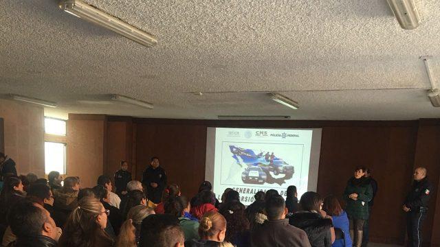 OFRECE POLICÍA FEDERAL CAPACITACIÓN A TRABAJADORES DEL MUNICIPIO PARA PREVENIR LAS EXTORSIONES (4)
