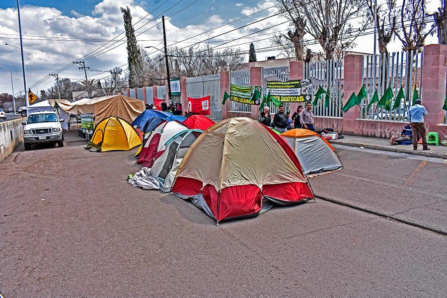 Campesinos exigen pago inmediato a la Sagarpa