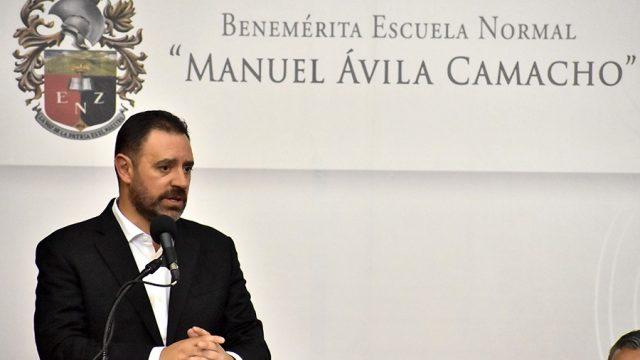 Alejandro Tello1