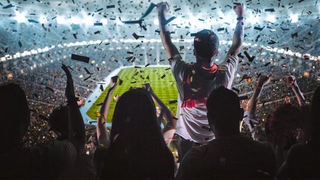 En la actualidad no existe un bloque académico o una teoría que abarque todo el estudio del fenómeno del Mundial de futbol. Hay teorías del entretenimiento, del espectáculo, de la mercadotecnia y del uso político que lo abordan, pero lo hacen de manera aislada, siendo los estudios culturales los que más lo han examinado desde diversas perspectivas. (Foto: Shutterstock.)