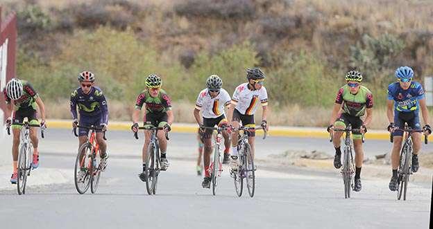Son 14 los integrantes de la Selección Estatal de Ciclismo