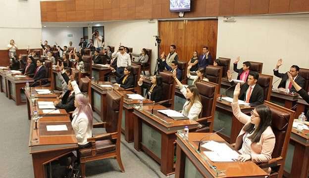 1er Parlamento Universitario de Derecho (2)
