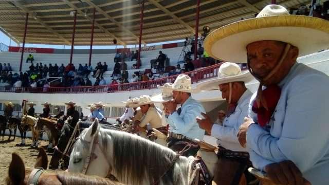 TRES REGALOS, 380 PUNTOS EN LA INAUGURAL