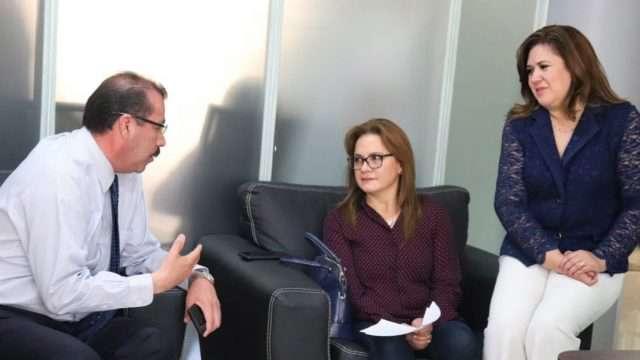 Los Comisionados Samuel Montoya Álvarez, Julieta del Río Venegas y Fabiola Torres Rodríguez analizan el conflicto del Consejo Consultivo