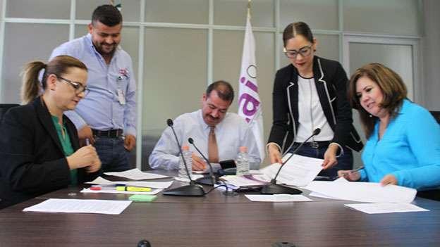 Morena deberá publicar y actualizar información de currículum de su dirigencia